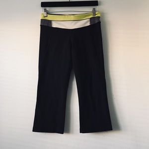 Lululemon Gather & Crow Crop Black